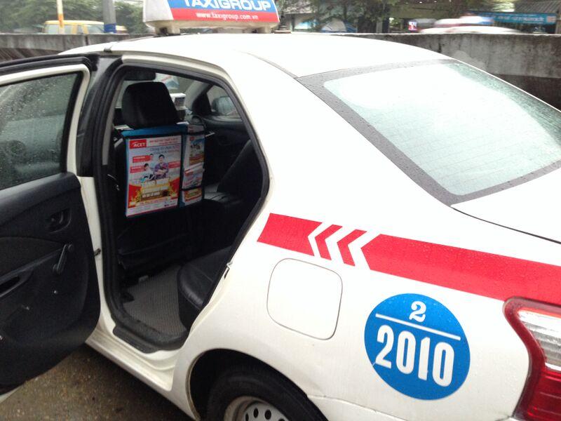 quang-cao-sau-lung-ghe-taxi-quangcaongoaitroi-org-1