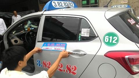 Quảng cáo trên xe taxi Đất Cảng Hải Phòng