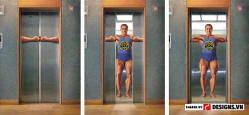 Quảng cáo tại thang máy của phòng tập thể hình Gold's Gym.
