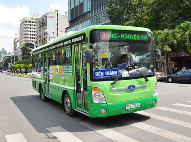 Quảng cáo xe bus và ảnh hưởng đối với doanh nghiệp vận tải