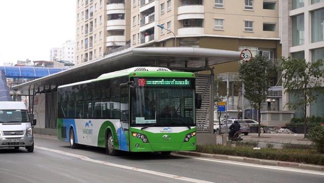 Sau ba tháng thử lửa xe buýt nhanh đã thu hút được 1,2 triệu lượt khách.
