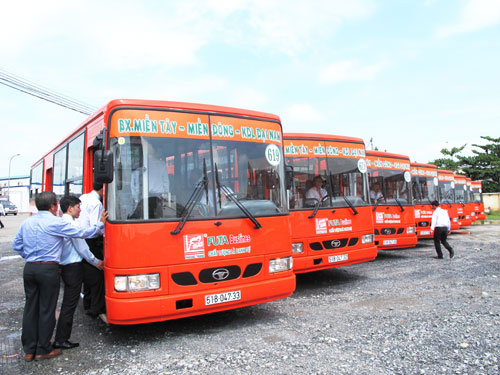 xe-bus-phuong-trang