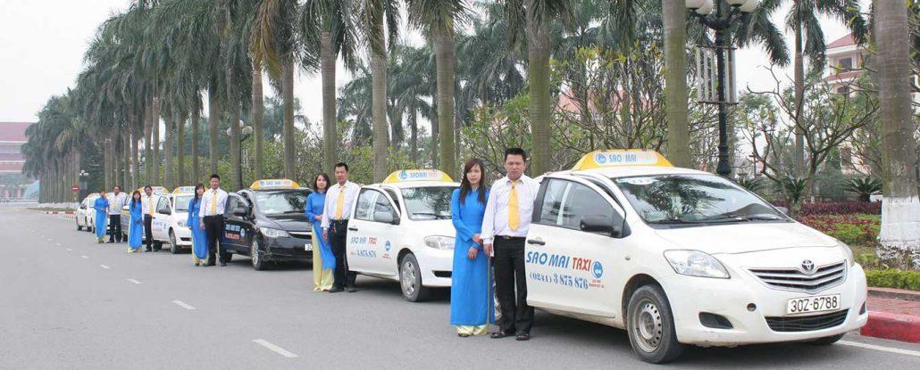 quảng cáo taxi sao mai