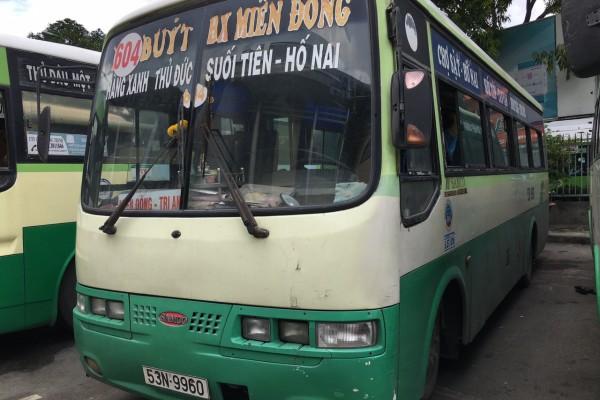quang-cao-xe-bus-604-1