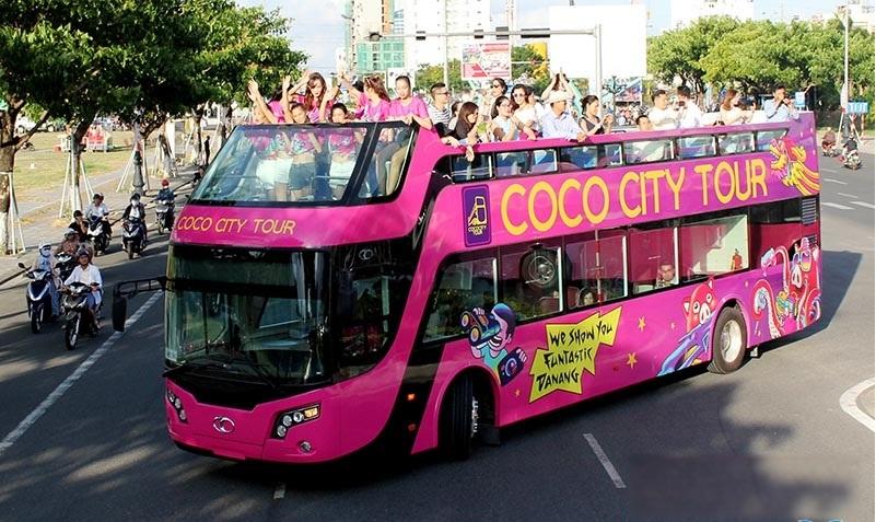 Xe buýt 2 tầng độc đáo ở Đà Nẵng