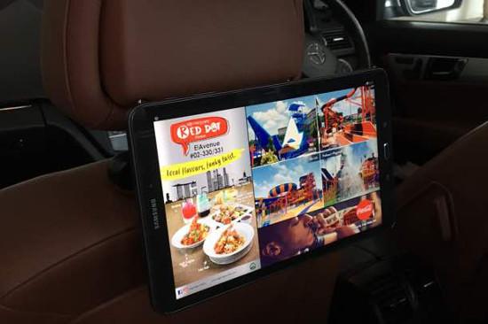 Màn hình quảng cáo trên xe ô tô